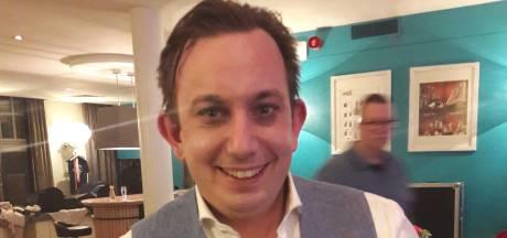 Boy Jansen uit Budel wint in Helmond Zilveren Narrenkap: uitvaartleider wint van uitvaartleider