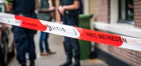 Gezinsdrama in Gronings dorp: zoon steekt ouders neer, moeder zwaargewond