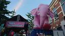Roze olifant bij ThomThom