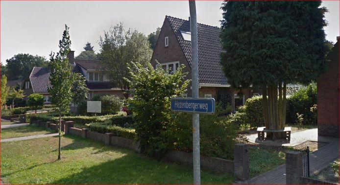 De Hezenbergerweg in Hattem moet van de gemeente een doodlopende weg worden voor autoverkeer. Op het plan zijn acht bezwaarschriften ingediend.