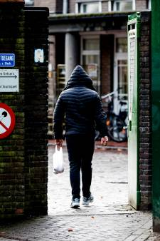 Pool raakt dakloos en gaat op dievenpad in Arnhem en Duiven 'om te kunnen eten'