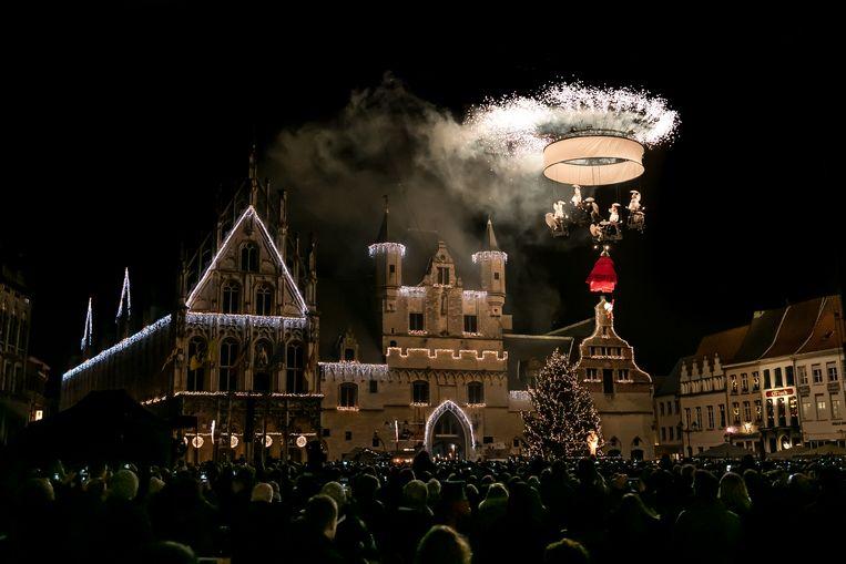Theater Tol vorig jaar op de Grote Markt van Mechelen.