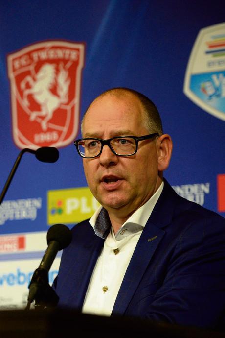 Opvolger Van der Laan vertrekt al weer  bij FC Twente: onrust aan bestuurstafel