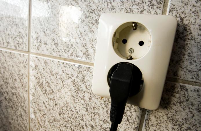 Ga je de deur uit of naar bed? Trek de stekker uit het stopcontact.