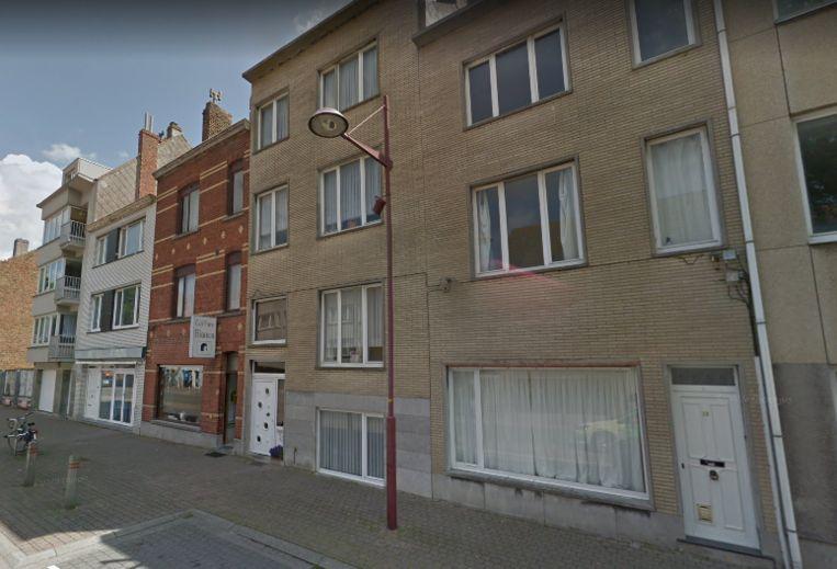 Het pand rechts op de foto, in de Voorhavenlaan 31, mag niet meer als publieke ruimte worden gebruikt.