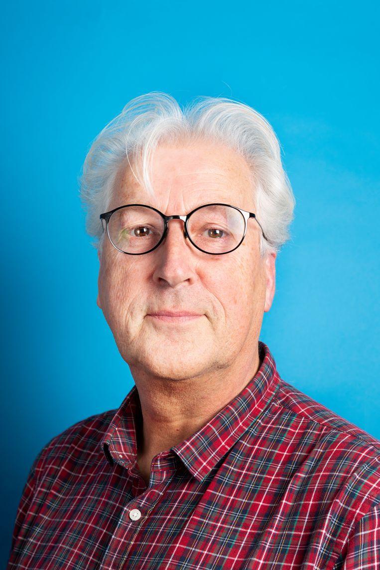 Henk Brandsma, held van de fotoredactie die de selectie maakte voor de Volkskrant kalender van 2018 met beelden van Marcel van den Bergh. Beeld Pauline Niks