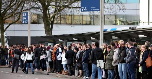 Busvervoer staakt opnieuw: donderdag geen streekbussen