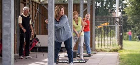 Ouderenbonden in Almelo vrezen dat corona langer voortraast en schrappen Zomerschool