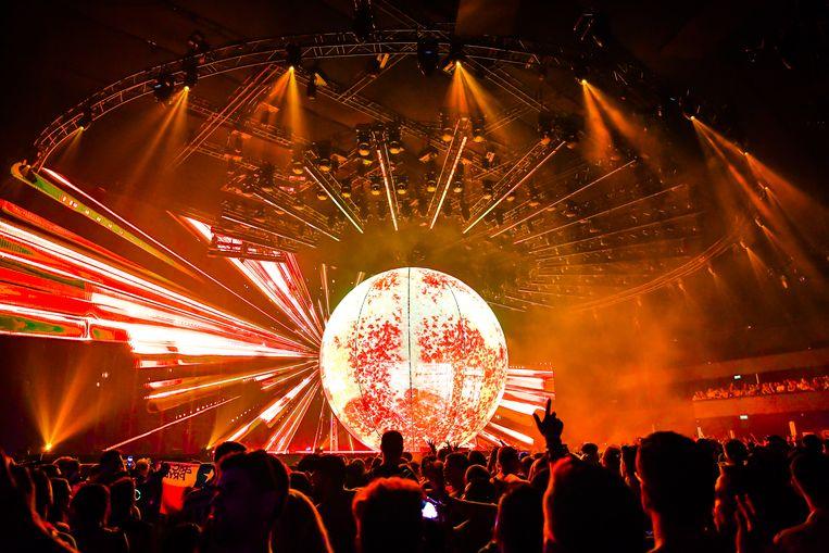 De hologrammenshow van Eric Prydz maakte tijdens het eerste weekend al veel indruk.