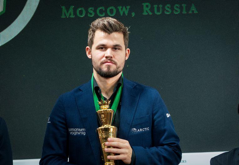 Carlsen na het winnen van het WK Blitz en Rapid schaken in Moskou, eind vorig jaar. Beeld AP