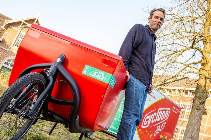 Frank Knop van Cycloon Post & Fietskoeriers.