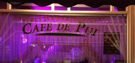 Café De Pui in Dordrecht sluit zijn deuren vanwege coronacrisis: 'Onmogelijk om stand te houden'