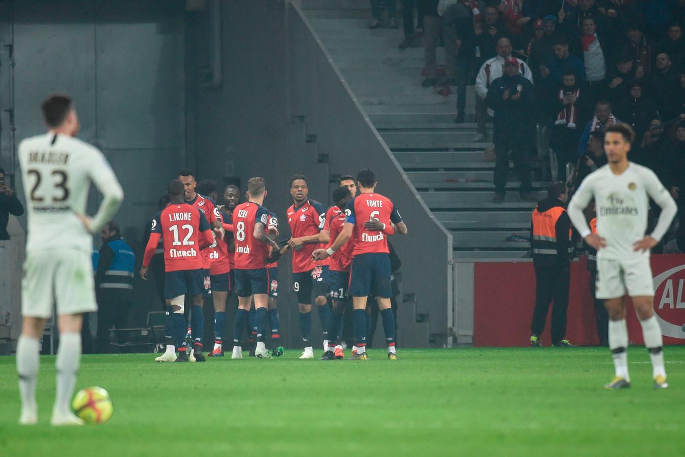 Terwijl PSG treurt, bejubelt Lille de treffer van Nicolas Pépé.
