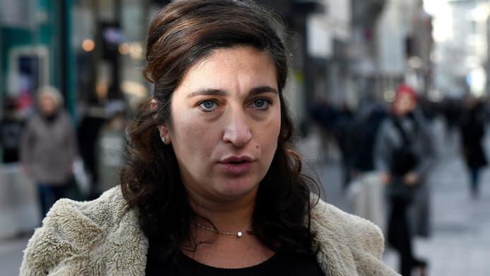 """La secrétaire d'État à l'Égalité des chances, Zuhal Demir (N-VA), a exprimé son indignation suite au reportage diffusé par l'émission """"Nieuwsuur""""."""