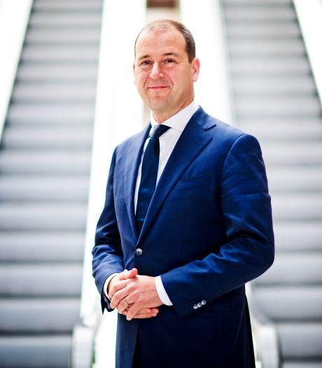 Asscher wil geld flink laten rollen: 'Deze crisis kan niet worden opgelost op de VVD-manier'