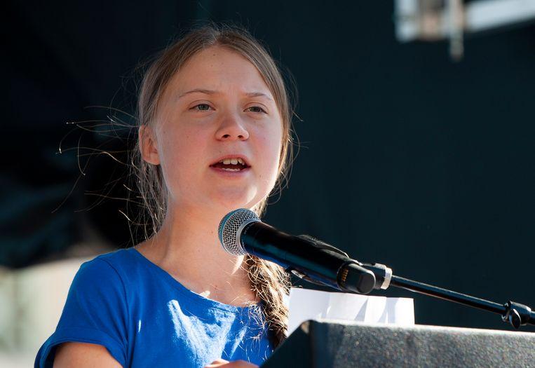 Greta Thunberg spreekt honderden mensen toe in Los Angeles.