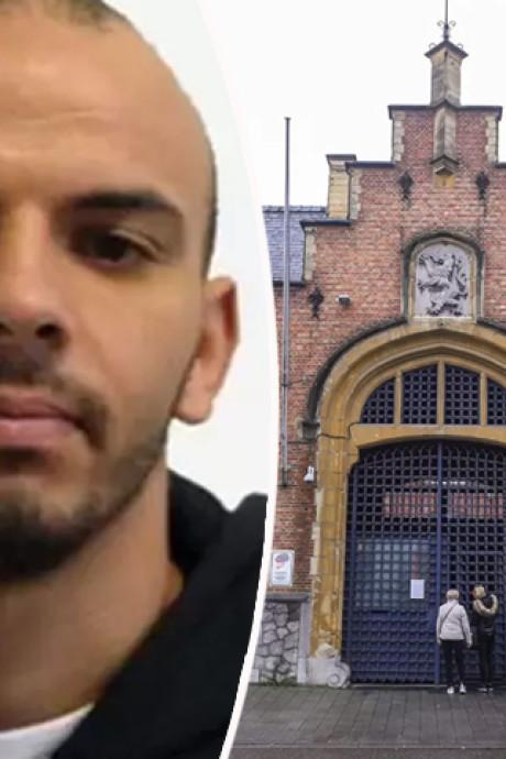 Ontsnapte gevangene stuurt kaartje naar gevangenis: 'Groetjes uit Thailand!'