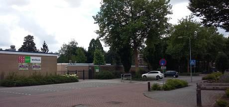 Man slaat fotograaf van de fiets in Doetinchem