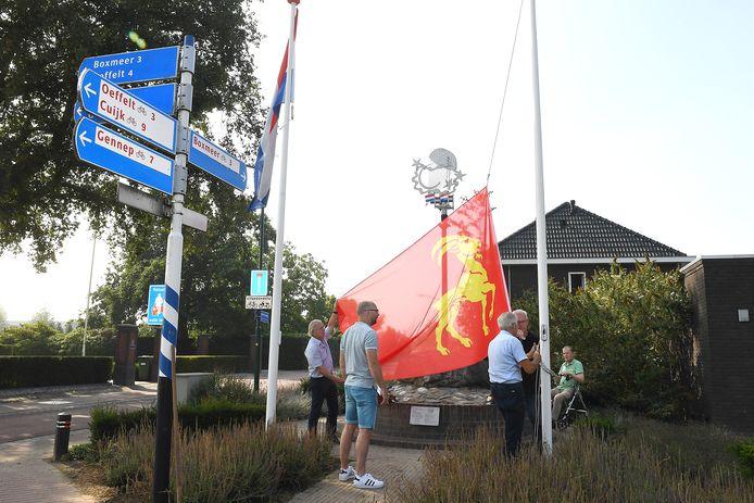 Het einde van de Tweede Wereldoorlog werd herdacht bij het Pinpoint-monument in Beugen.