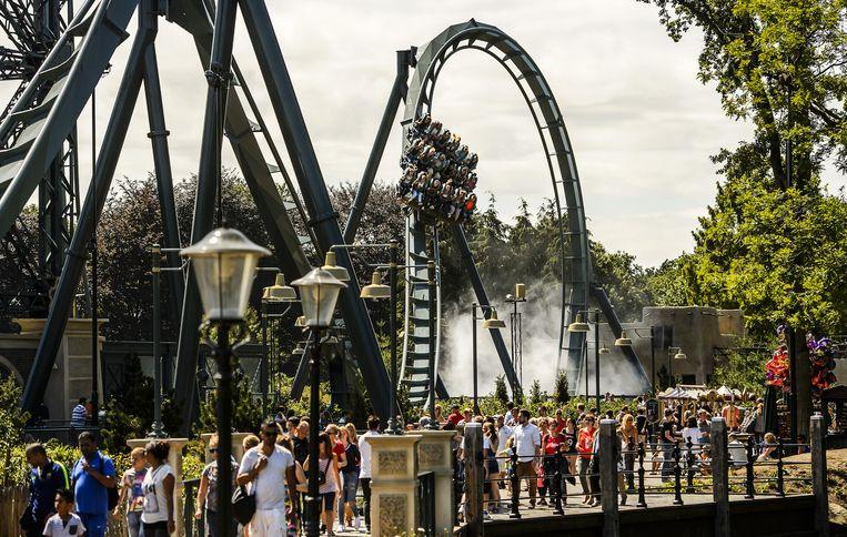 In 2015 kreeg het pretpark een nieuwe attractie: De Baron 1898. De achtbaan heeft 18 miljoen gekost. Beeld anp