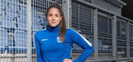 Vrouwen PEC Zwolle mogen blijven hopen na thuiszege