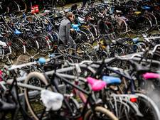 Strenger toezicht op fietsparkeren bij station Dronten