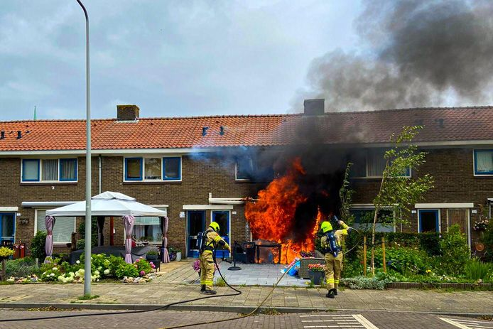 Brand in een woning in Arnhem.