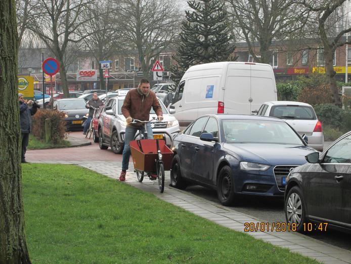 Omwonenden in Berkum voerden actie tegen nieuwbouwplannen van de gemeente.