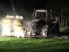Tractor brandt uit bij Lochem