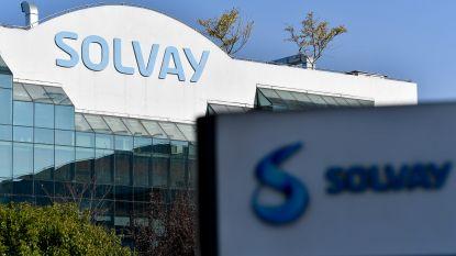 Virus noopt Solvay tot 1,5 miljard euro waardevermindering