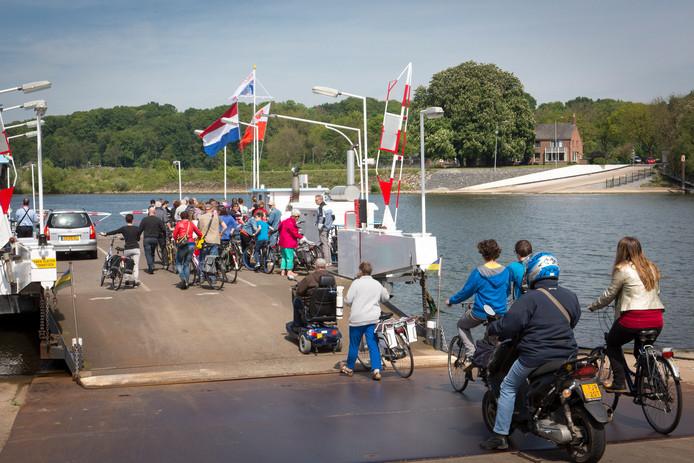 Het Lexkesveer tussen Randwijk en Wageningen