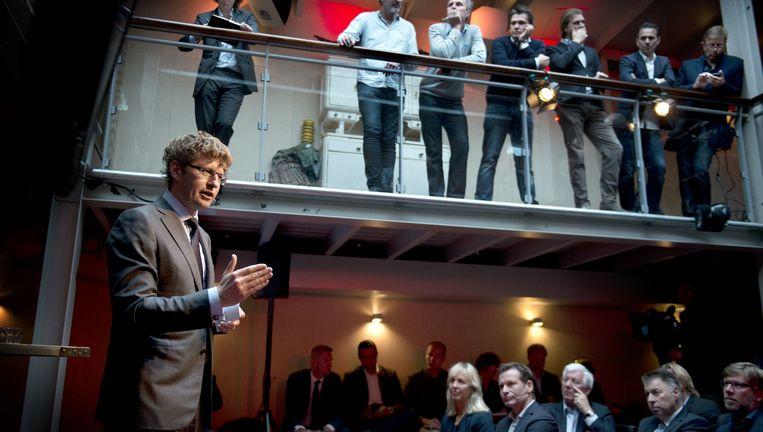 Critici zagen het al misgaan bij Dekkers presentatie in 2014: hij 'trok een te grote broek aan'. Beeld Kick Smeets/HH