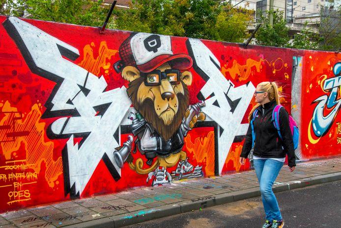 Het log van BD op de legale graffitimuur aan de Brokxlaan.