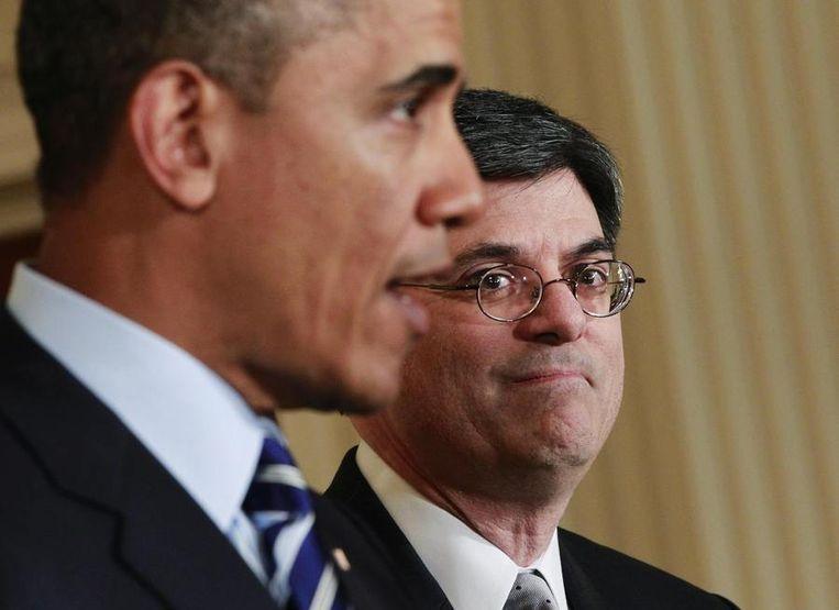 President Barack Obama maakt de benoeming bekend van zijn nieuwe minister van Financiën, Jack Lew (rechts). Beeld reuters