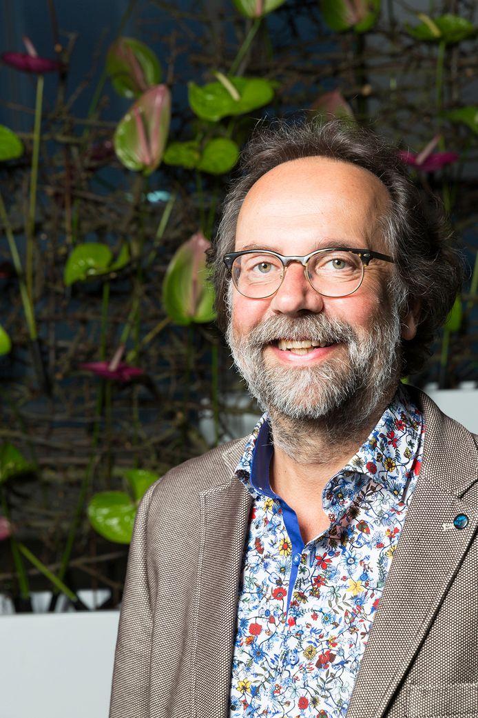 Professor Maarten Steinbuch geeft op 6 november een lezing over 'Een robot als vriend'.