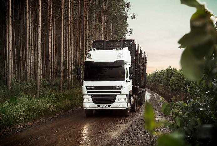 In de DAF-fabriek van Paccar in Brazilië worden vrachtwagens voor zware verkeersomstandigheden geproduceerd.