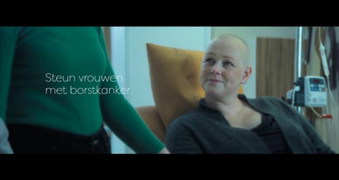 Sylvia Struiwigh heeft meegewerkt aan een commercial van Pink Ribbon.