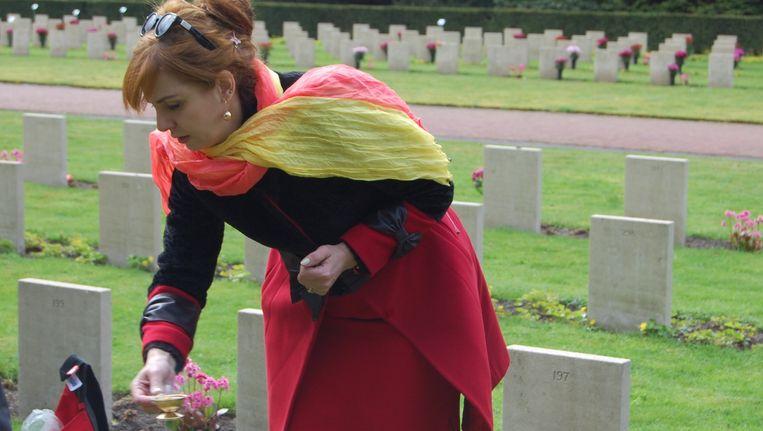 Liliana Gviniasjvili weet nu waar haar opa begraven ligt. Beeld null