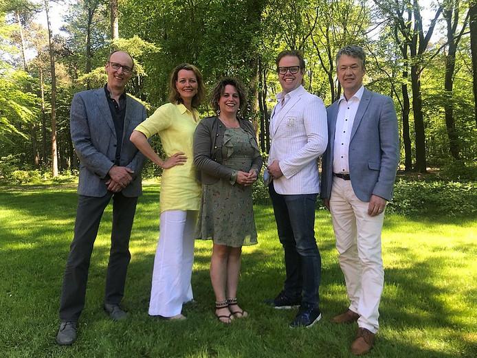 De beoogde wethoudersploeg in Ede: Lex Hoefsloot, Hester Veltman, Willemien Vreugdenhil, Peter de Pater en Leon Meijer (van links naar rechts).