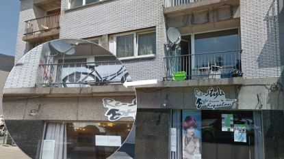 Gemeente vraagt brandweer screening uit te voeren van appartementsgebouw met 'loshangend' balkon
