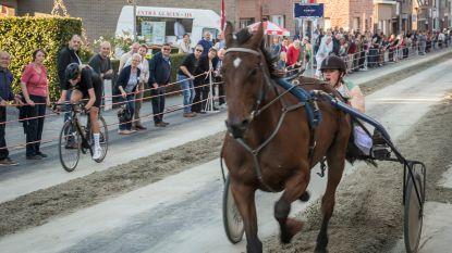 Cameron Vandenbroucke legt het nipt af tegen paard