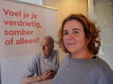 Wie wil de telefoon opnemen bij De Luisterlijn in Middelburg?