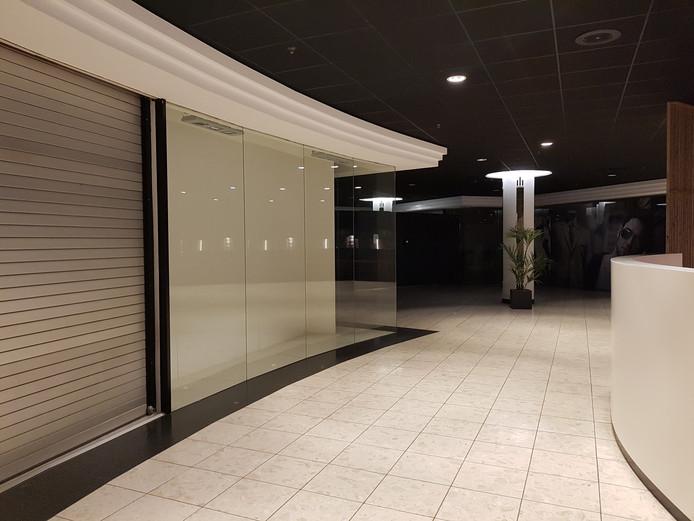 Winkelcentrum De Biggelaar in Roosendaal staat leeg.