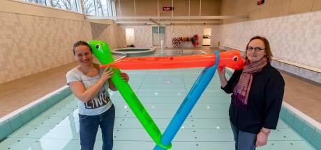 Zwemscholen verzuipen door coronacrisis: 'Ik heb er nog slapeloze nachten van'