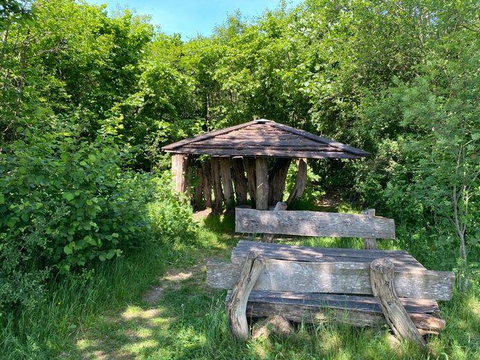 De schuilhut in Hulsel, waar één van de aanrandingen plaatsvond.