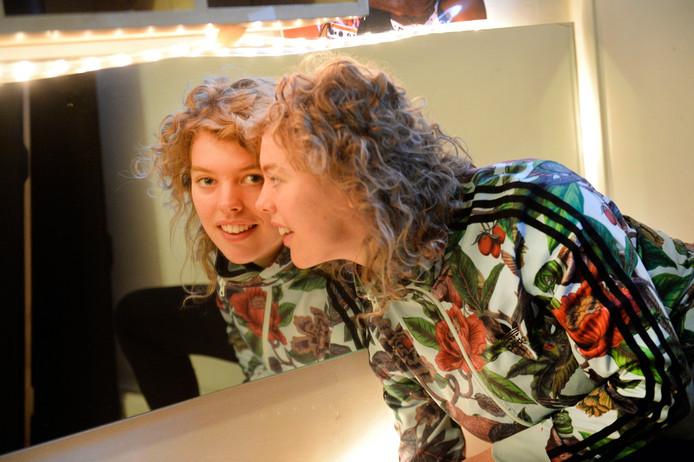 Zangeres en theaterdocent Susan Waanders.
