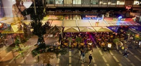 Horecabond geschokt door geluidsmaatregelen voor feestcafés Stadhuisplein: 'Deze plek geeft stad  smoel'