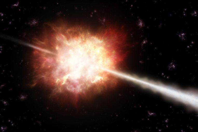 Artistieke impressie van een gammaflits die vorig jaar door de kunstmaan Swift werd gesignaleerd. (Beeld ESO / A Roquette) Beeld null