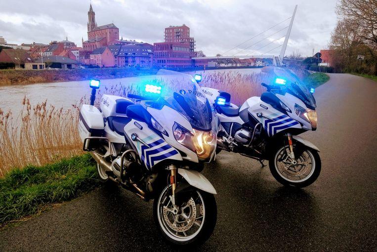 De politie controleerde op de Tragelweg tussen Wetteren en Schellebelle.