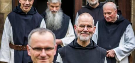 Broeder Malachias woont al 38 jaar in een klooster: 'Monniken hebben geen privébezittingen'